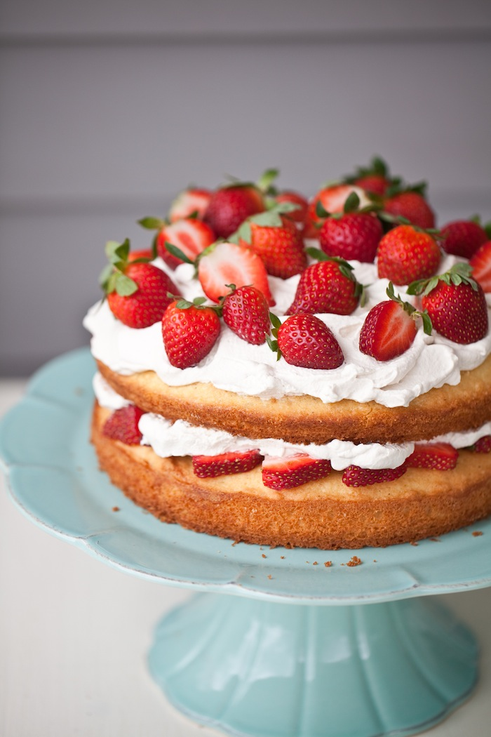 Cake With Whipped Cream Storage : Balsamic Soaked Berries over Angel Food Cake with Whipped ...